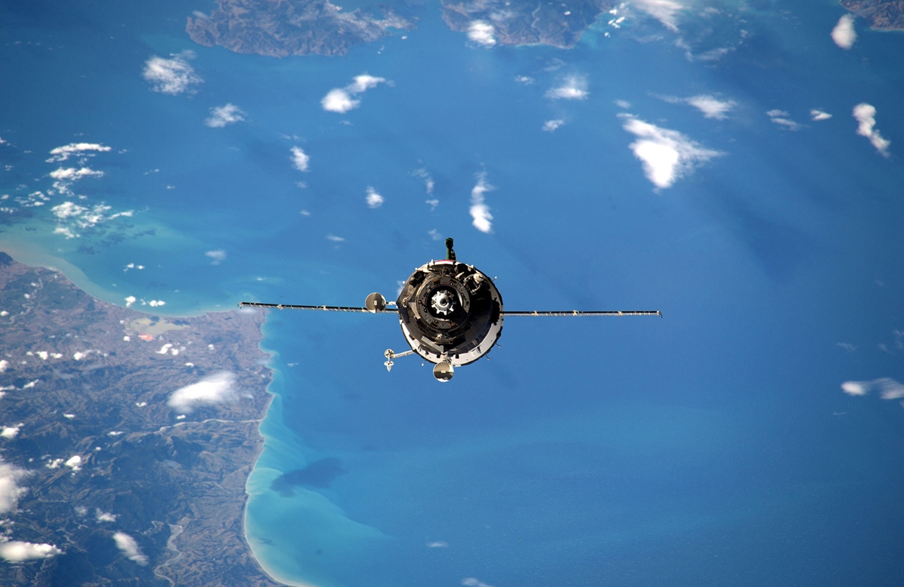 Photos from the ISS 22
