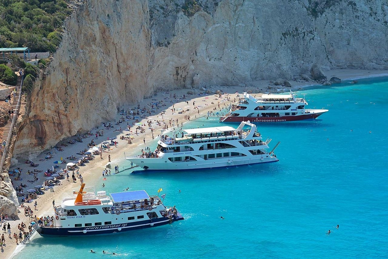 Picturesque beaches of the Greek island of Lefkada 07