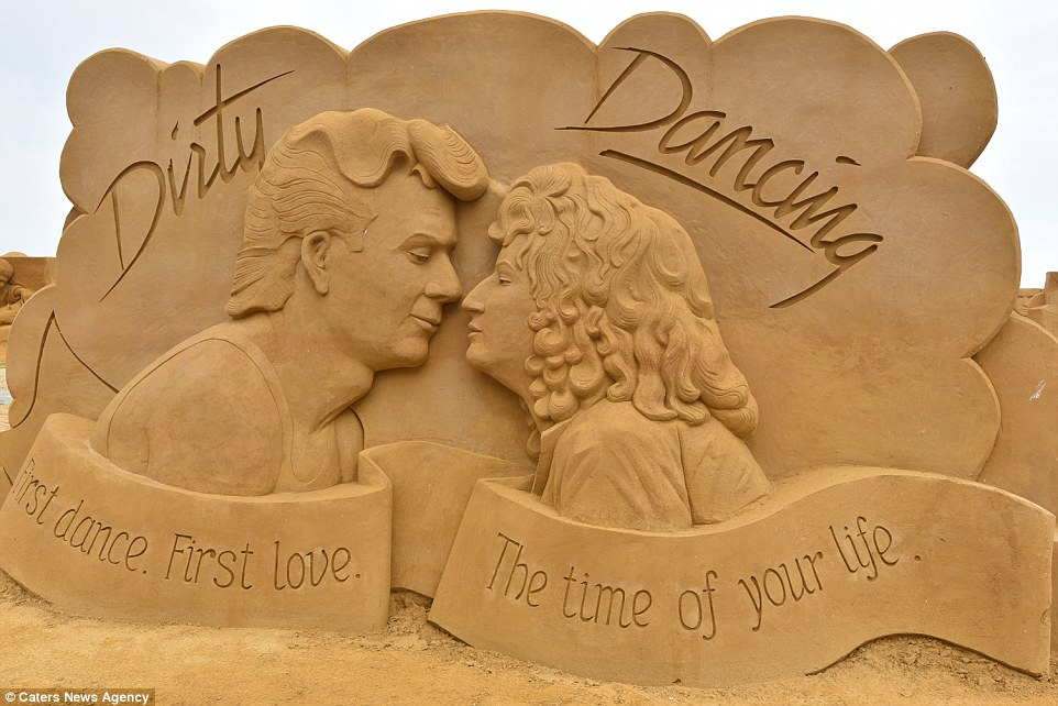 Sand sculptures of the stars of show business at the festival -Sand Sculpture Festival- in Ostend 06