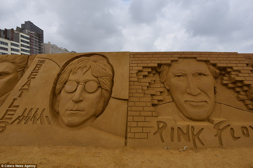 Sand sculptures of the stars of show business at the festival -Sand Sculpture Festival- in Ostend 08