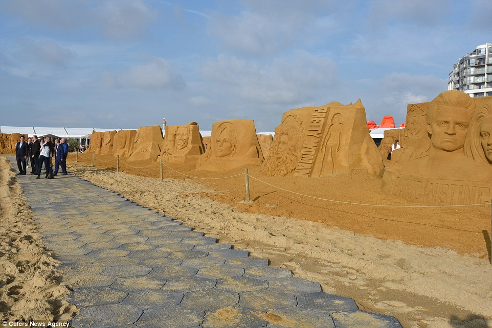 Sand sculptures of the stars of show business at the festival -Sand Sculpture Festival- in Ostend 15