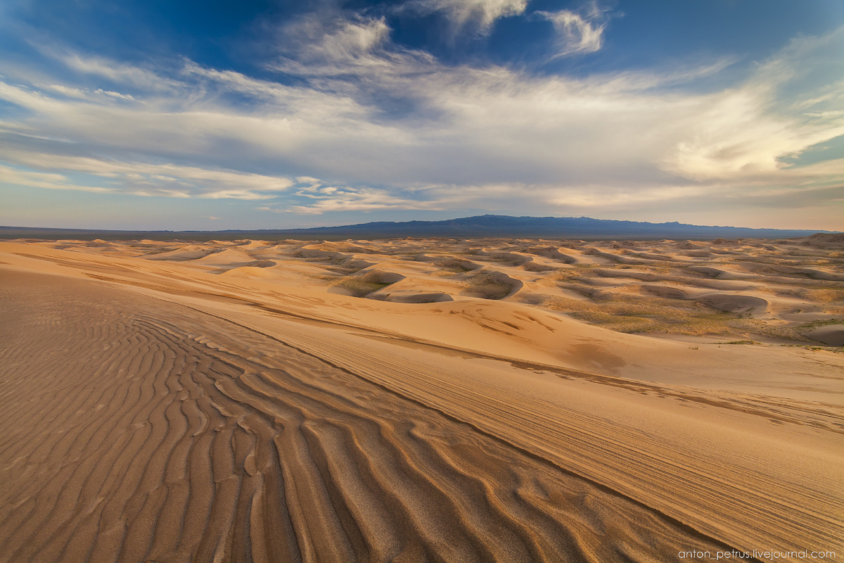 Singing Sands of the Gobi desert 13