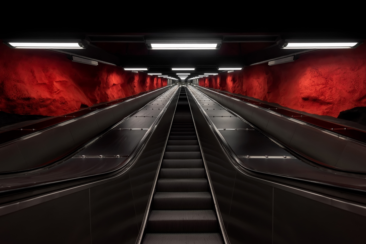 Stockholm's Colourful Metro Stations 08