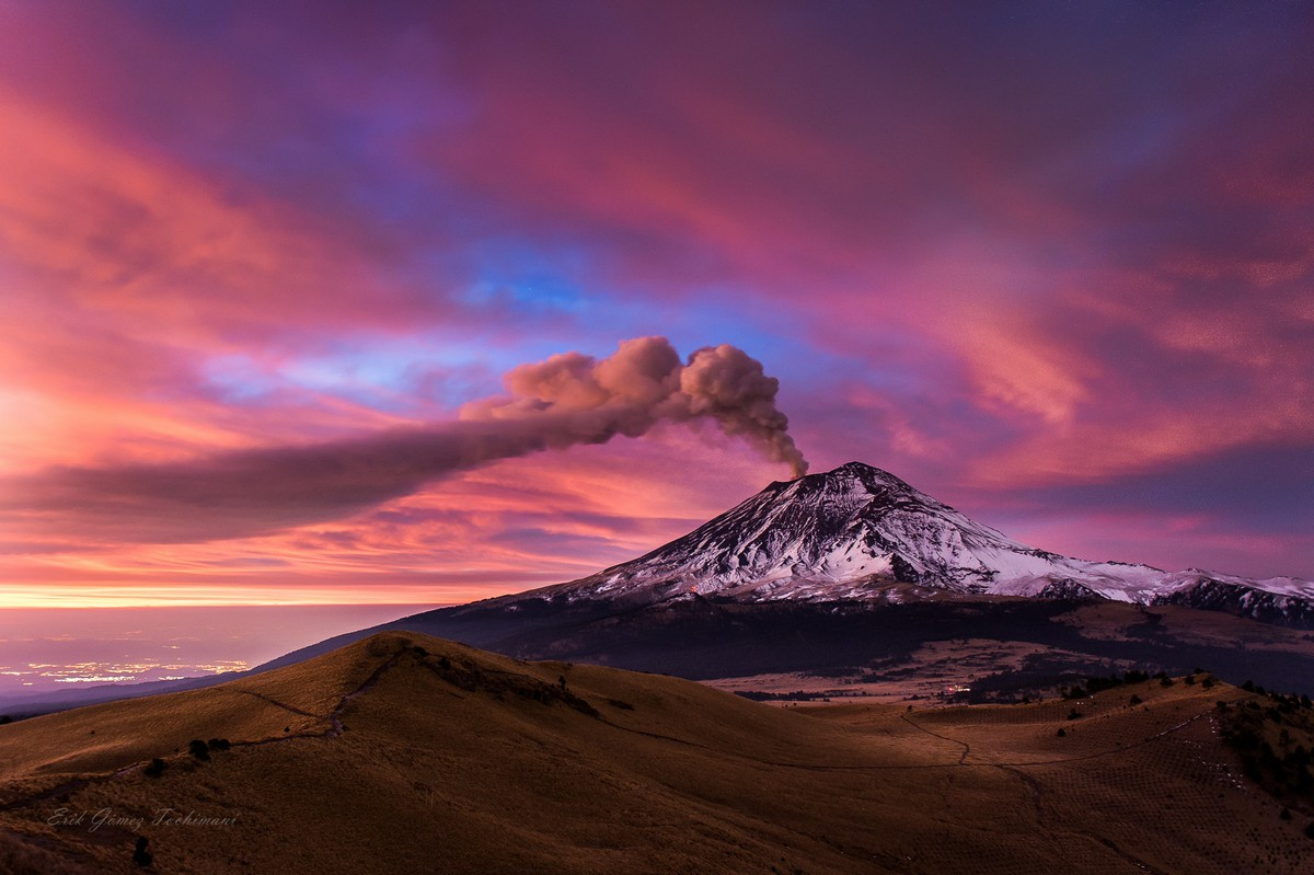Stunning pictures of volcanoes Eric Gomez Tokimune 24