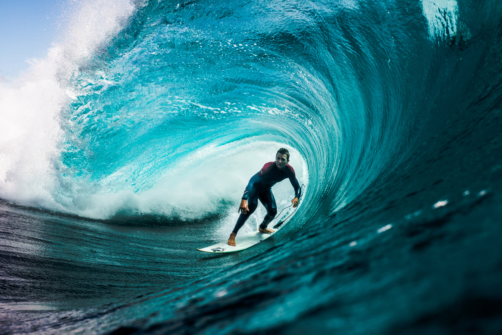 Surfer-photographer Leroy Bellet and his impressive shots 01