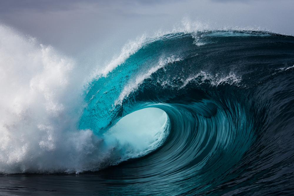 Surfer-photographer Leroy Bellet and his impressive shots 03