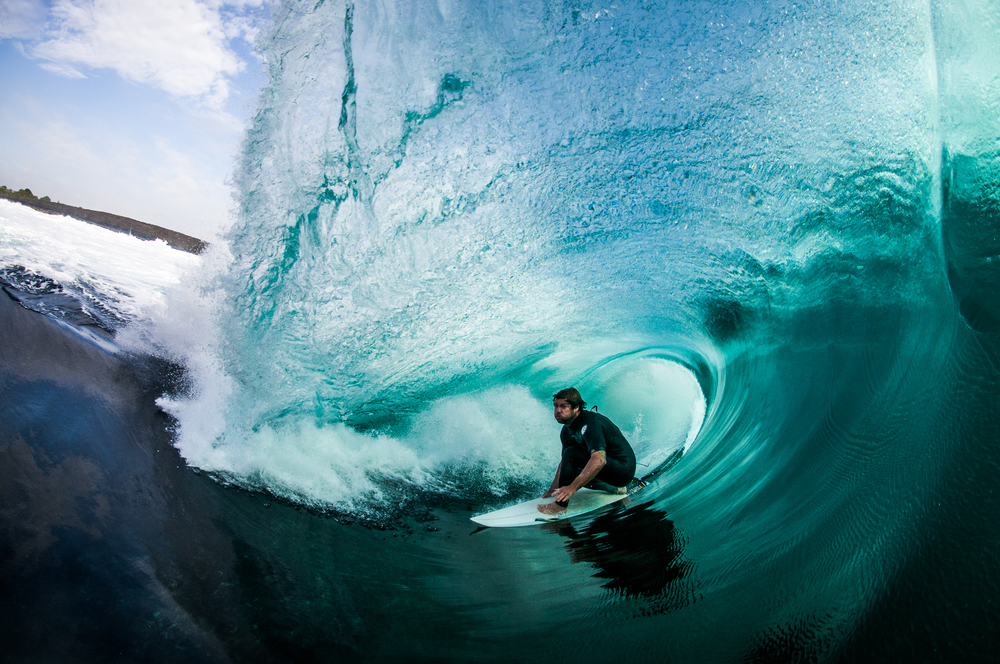 Surfer-photographer Leroy Bellet and his impressive shots 05