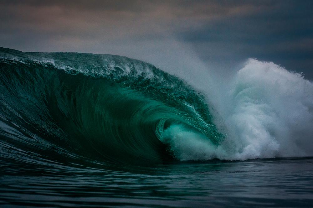 Surfer-photographer Leroy Bellet and his impressive shots 08
