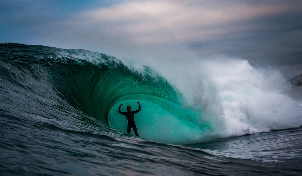 Surfer-photographer Leroy Bellet and his impressive shots 09