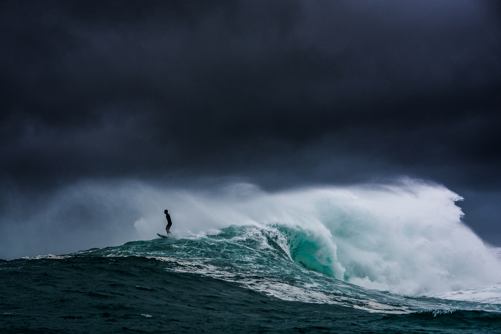 Surfer-photographer Leroy Bellet and his impressive shots 10