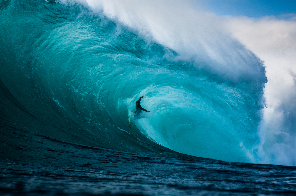 Surfer-photographer Leroy Bellet and his impressive shots 12