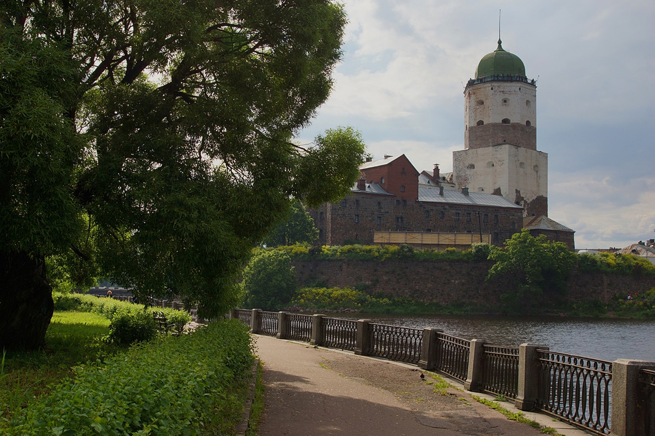 The city of Vyborg and the mon repos Park 03