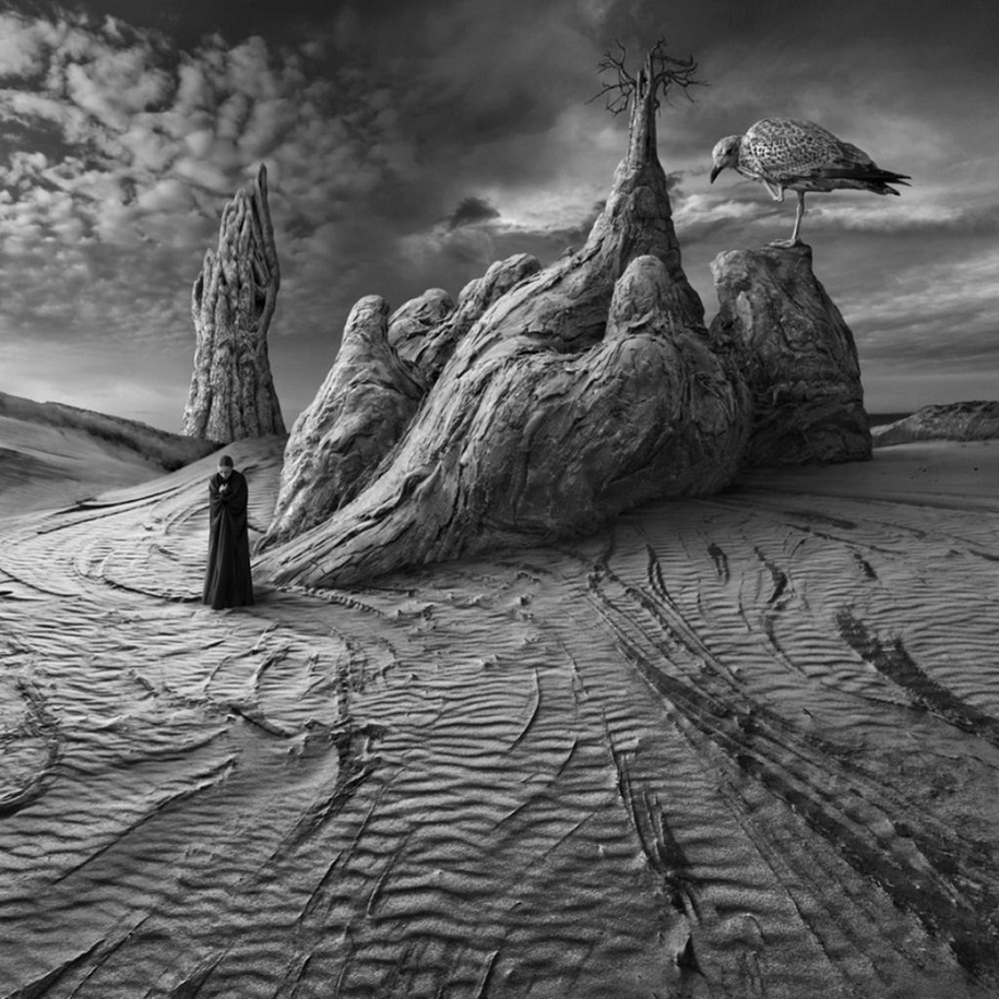 The surrealist work of photographer Dariusz Klimczak 06