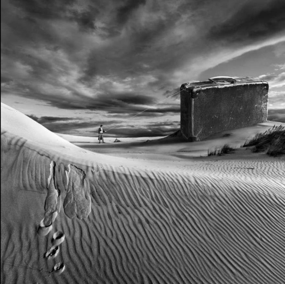 The surrealist work of photographer Dariusz Klimczak 15