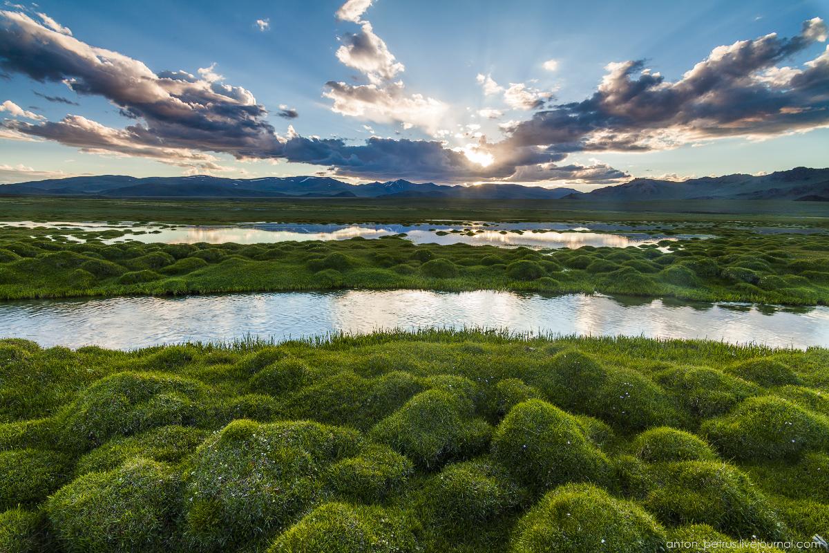 Монголия в пейзажах: от пустыни до горных озер