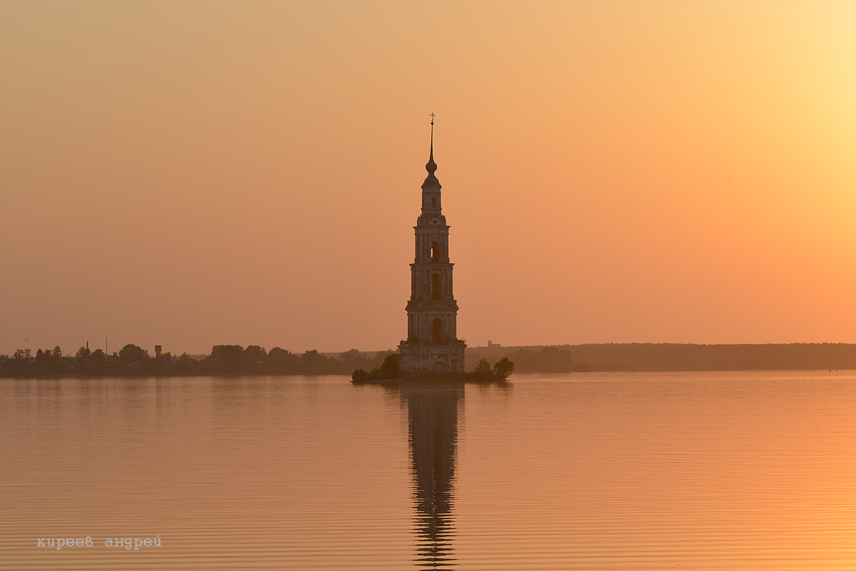 The flooded belfry is a symbol of the city Kalyazin 10