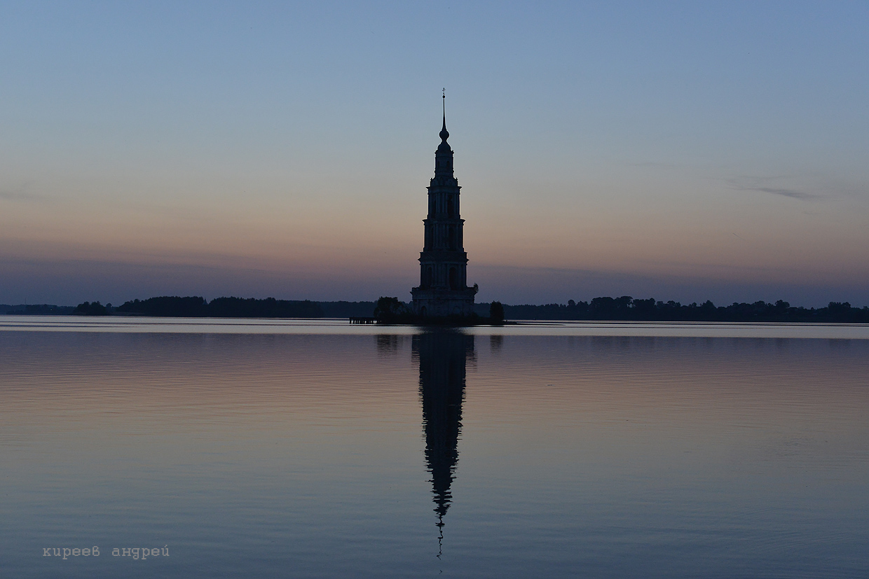The flooded belfry is a symbol of the city Kalyazin 16