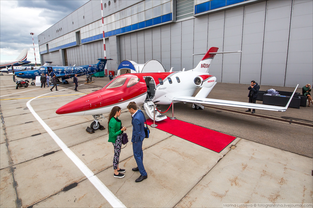 jet-expo-2016-aircraft-for-the-rich-04