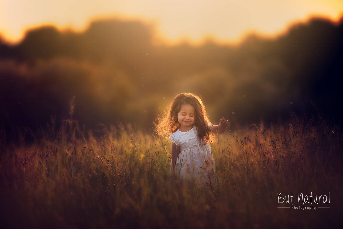 mom-the-photographer-takes-wonderful-pictures-of-daughter-04