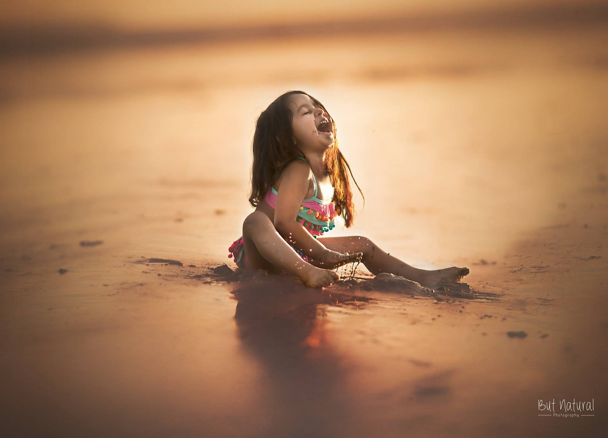 mom-the-photographer-takes-wonderful-pictures-of-daughter-09