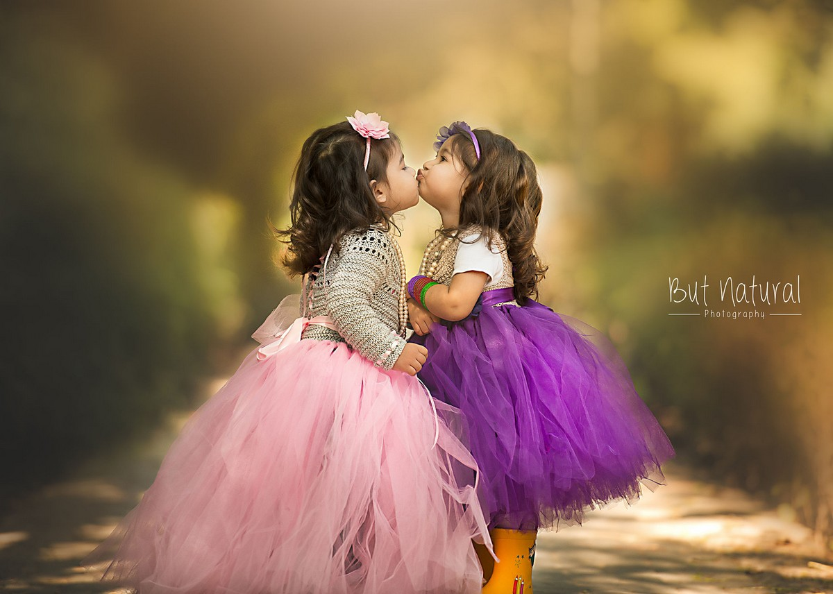 mom-the-photographer-takes-wonderful-pictures-of-daughter-18