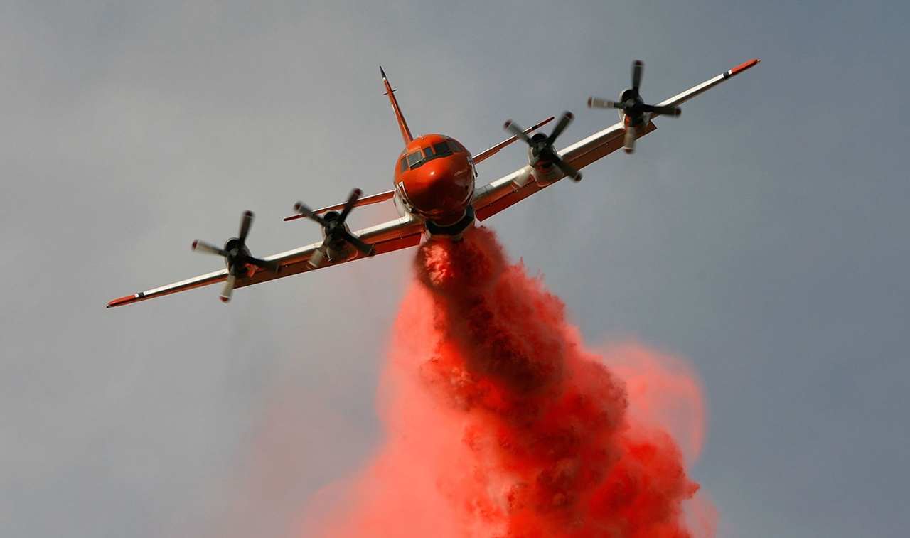terrible-beauty-of-fire-in-california-02