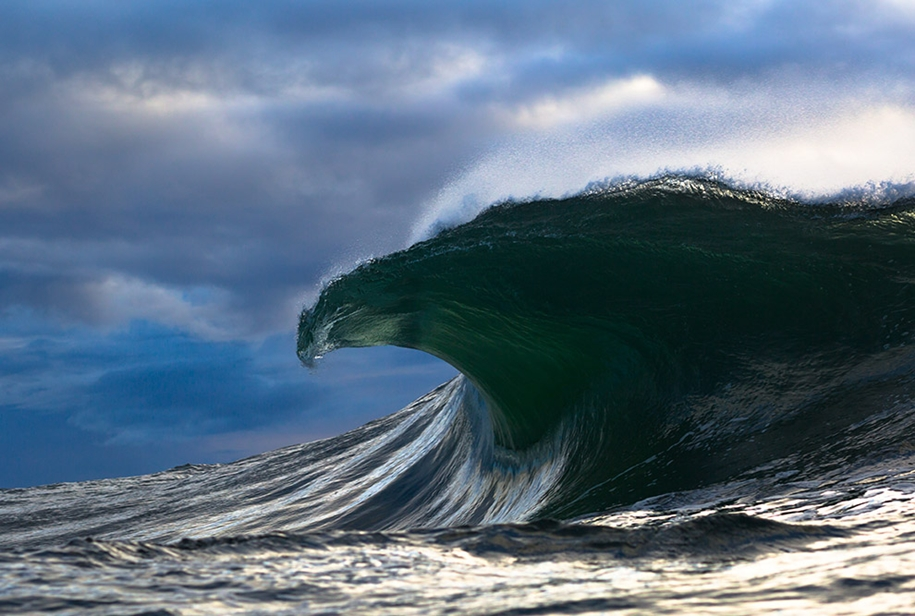 the-waves-of-the-ocean-in-stunning-photographs-by-matt-burgess-02