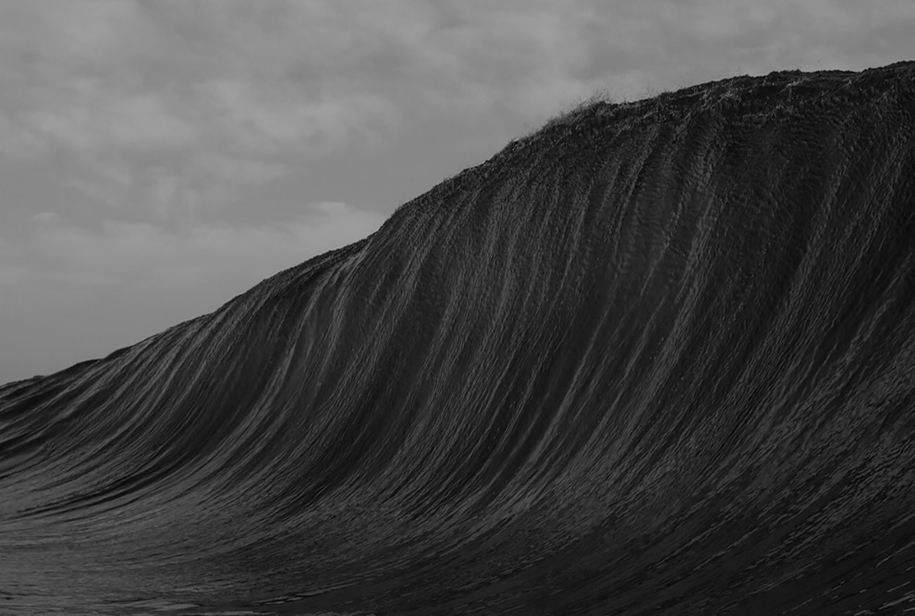 the-waves-of-the-ocean-in-stunning-photographs-by-matt-burgess-05