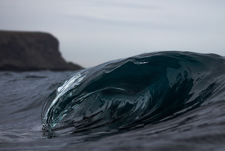 the-waves-of-the-ocean-in-stunning-photographs-by-matt-burgess-07