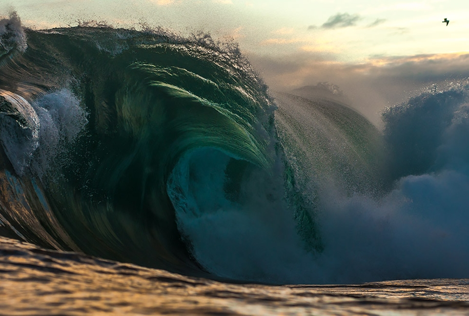 the-waves-of-the-ocean-in-stunning-photographs-by-matt-burgess-18