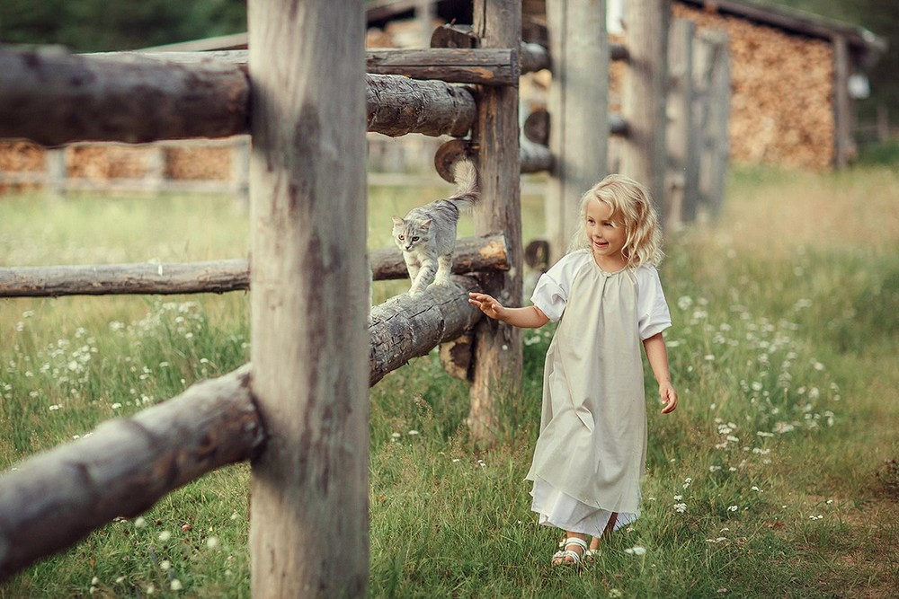 a-happy-childhood-in-the-lens-of-svetlana-vesninoj-01