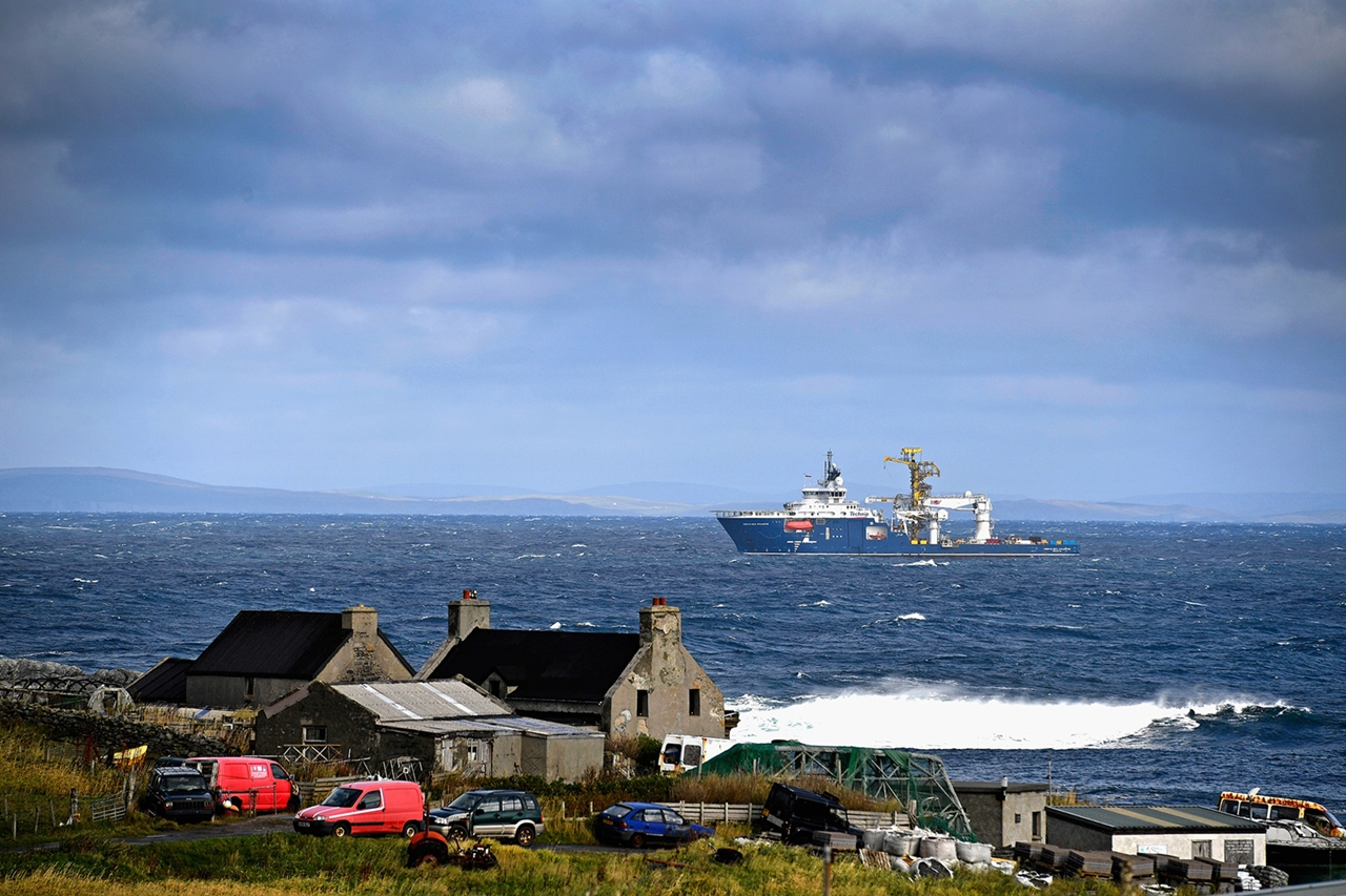 foula-scotland-the-most-remote-inhabited-island-in-great-britain-03