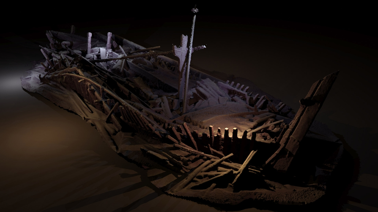in-the-black-sea-discovered-a-graveyard-of-ancient-ships-00