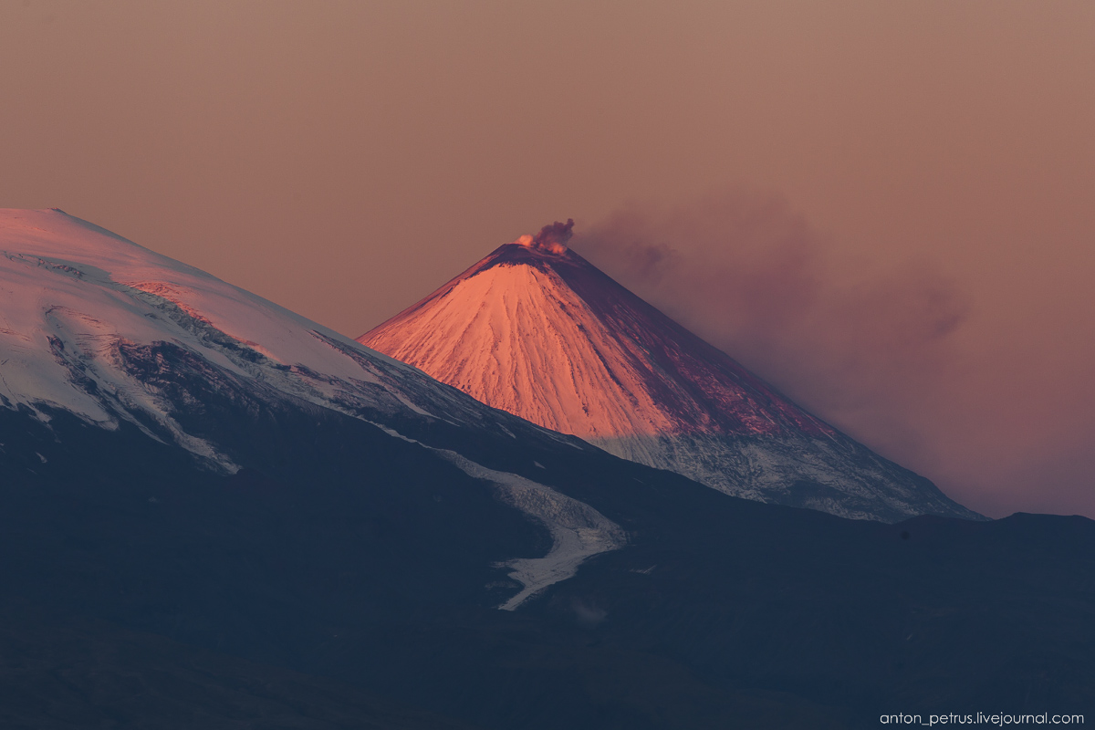 live-kamchatka-journey-to-the-edge-of-the-world-05