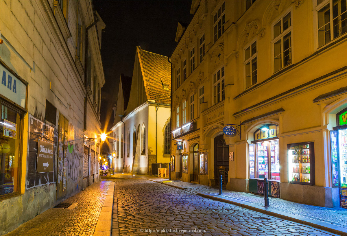 night-prague-12