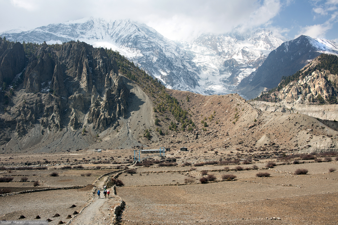 ring-of-annapurna-lake-tilicho-02