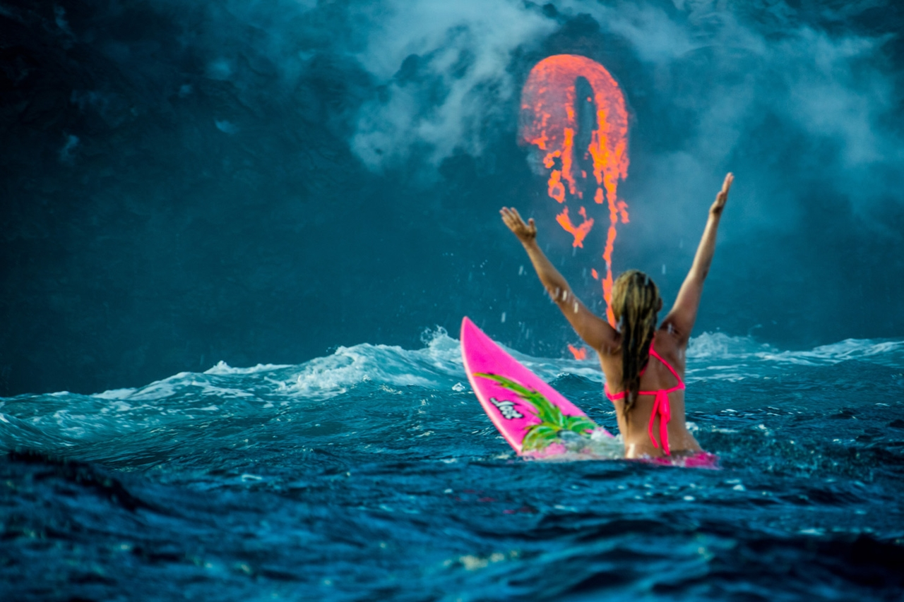swim-with-lava-in-hawaii-00