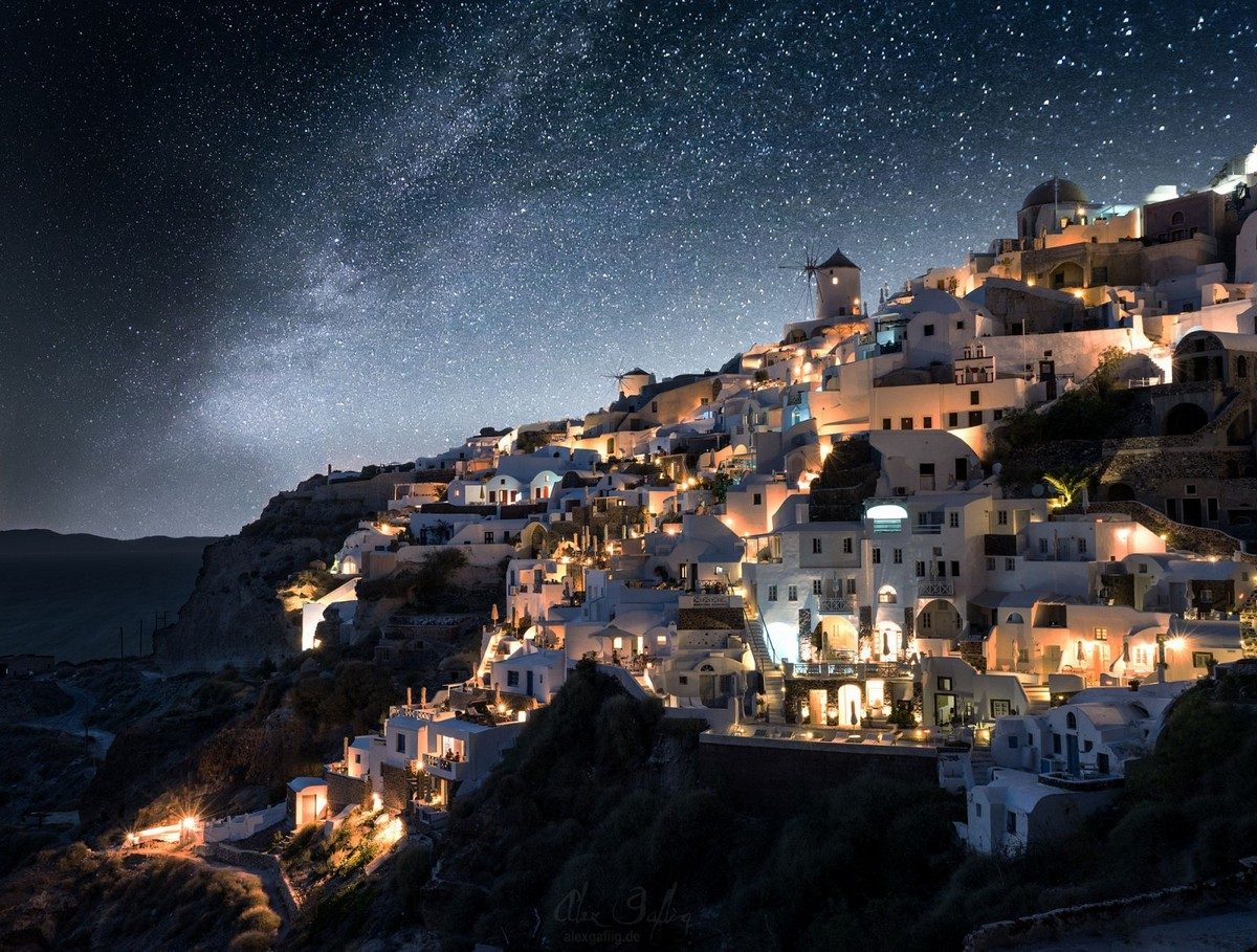 the-magical-greek-island-of-santorini-04
