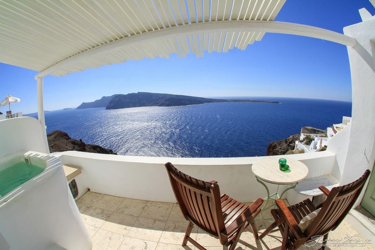 the-magical-greek-island-of-santorini-06