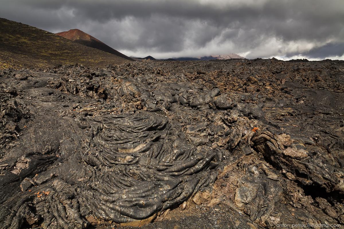 a-branch-of-mordor-lava-fields-of-tolbachik-07