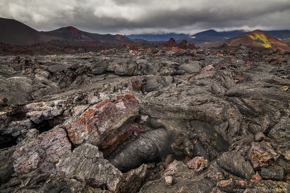 a-branch-of-mordor-lava-fields-of-tolbachik-12