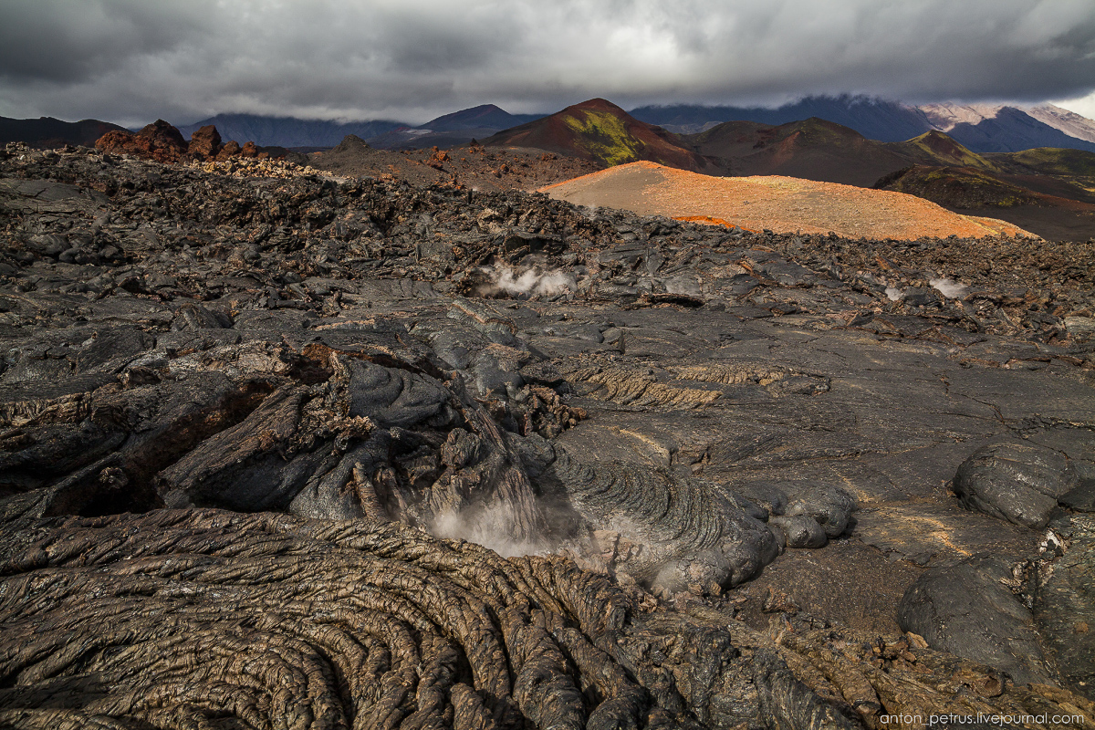 a-branch-of-mordor-lava-fields-of-tolbachik-16
