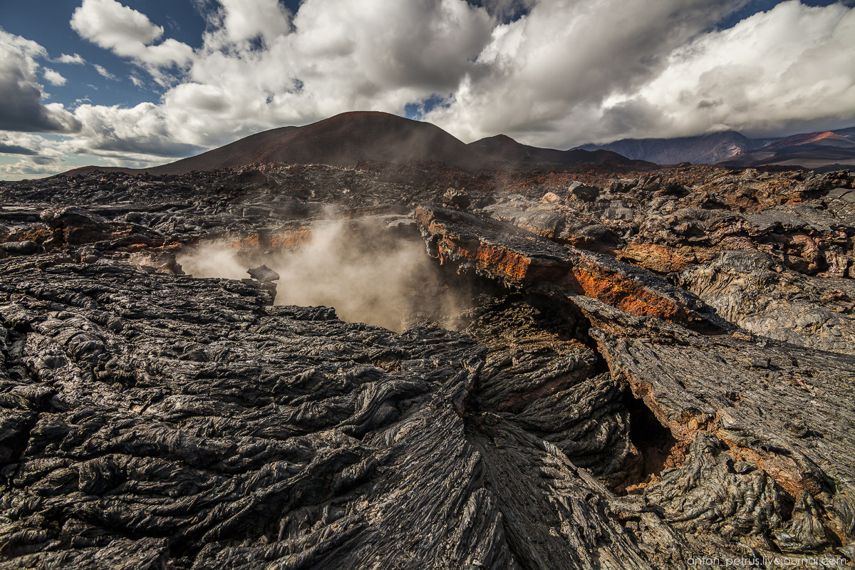 a-branch-of-mordor-lava-fields-of-tolbachik-22