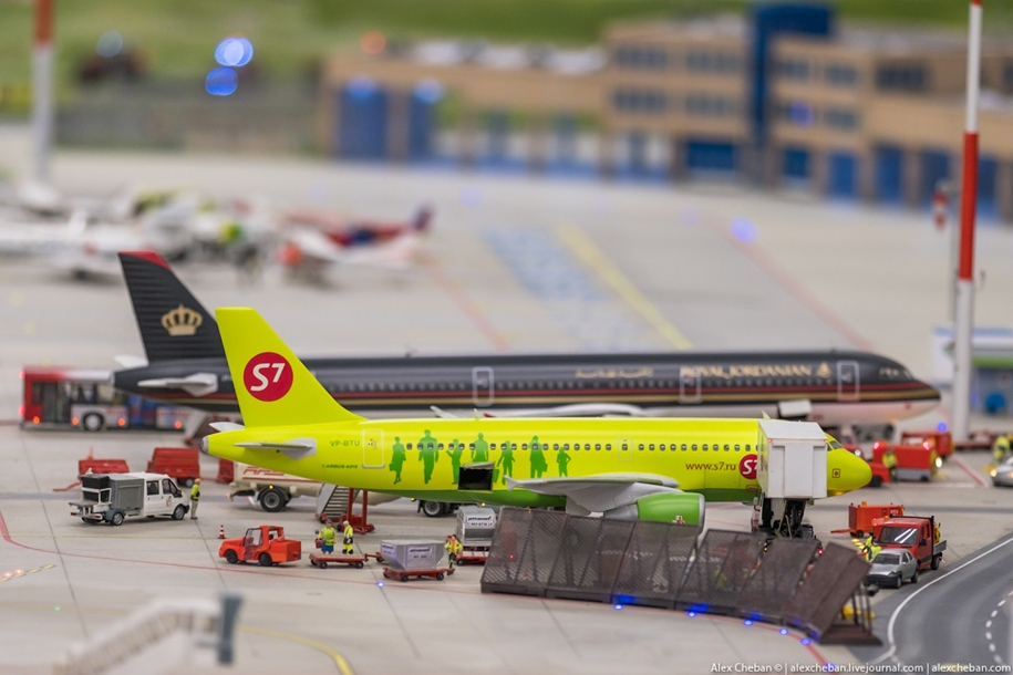 airport-toy-for-big-boys-for-4-8-million-01