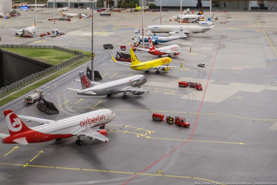 airport-toy-for-big-boys-for-4-8-million-05