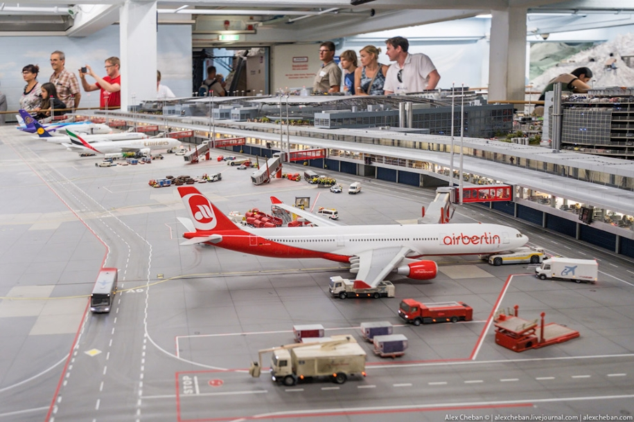 airport-toy-for-big-boys-for-4-8-million-06