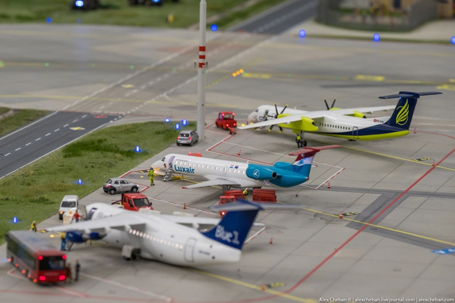 airport-toy-for-big-boys-for-4-8-million-13