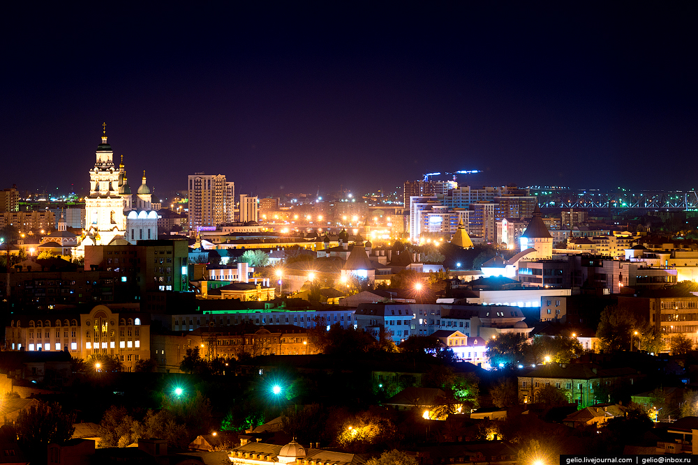 astrakhan-from-the-height-of-the-pearl-of-the-volga-region-02