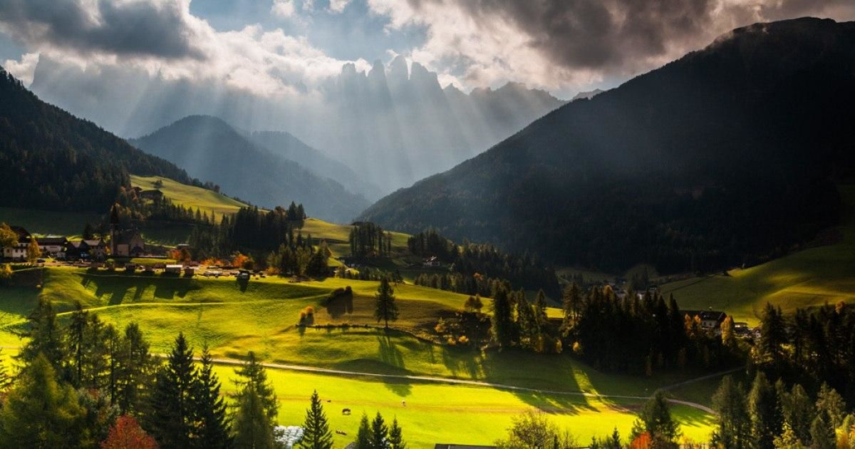 autumn-in-the-dolomites-00