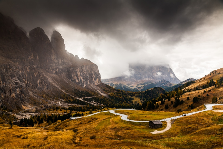 autumn-in-the-dolomites-01
